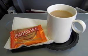 KLM tea.jpg