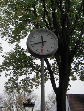amsterdam clock.jpg