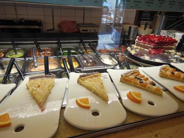 freiburg cake 2.jpg