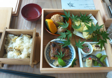 gion lunch 2.jpg