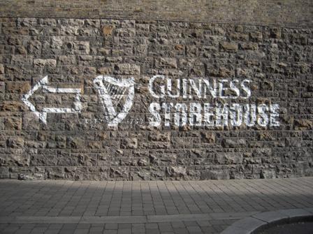 guiness sign.jpg