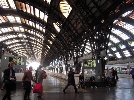 milan central station platform.jpg