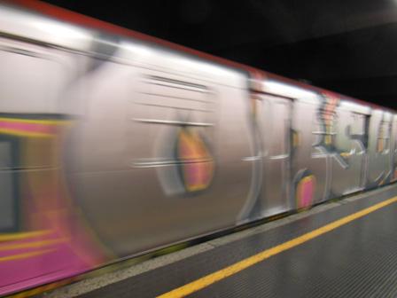 milan metro.jpg
