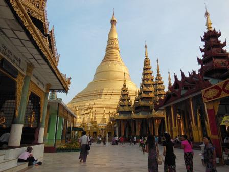 myanmar temple corridor.jpg