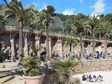 palm tree park guell.jpg
