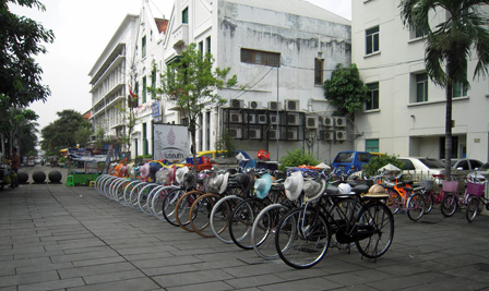 rental bike jakarta.jpg
