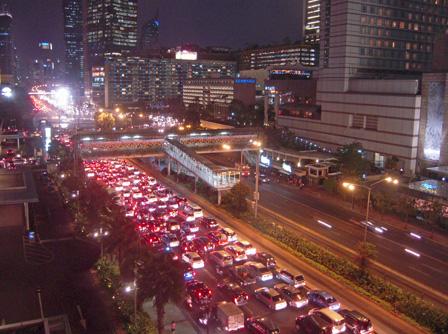 traffic jam jakarta.jpg